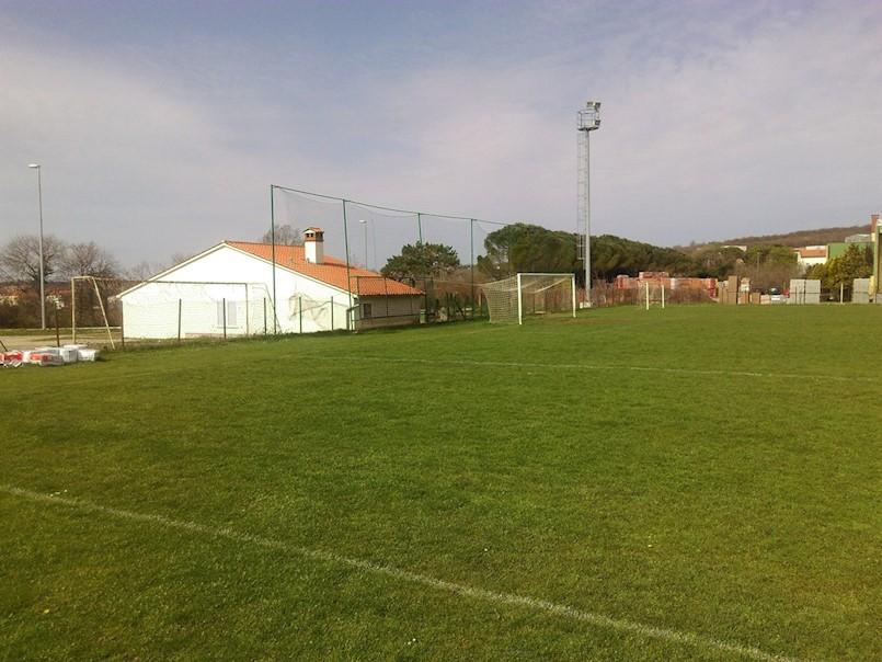 Natkrivanje boćališta na Šćiri trenutno ima prioritet nad igralištem u Vinežu