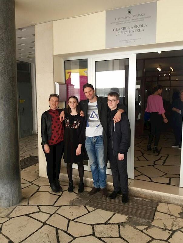 """Odlični rezultati mladih labinskih učenika na 23. međunarodnom natjecanju mladih glazbenika """"Daleki akordi"""" u Splitu i Kaštelama"""