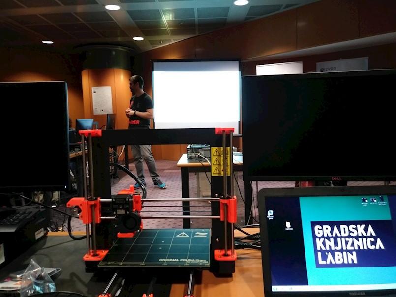 Gradska knjižnica dobila 3D printer