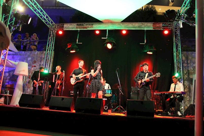 Uz hitove Amy Winehouse počeo Sundance Tribute Festival