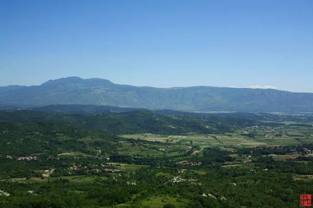 Općina Pićan raspisala natječaj za financiranje programa i projekata koje provode udruge