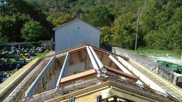 Obnova krova pomoćnog objekta na groblju Ripenda