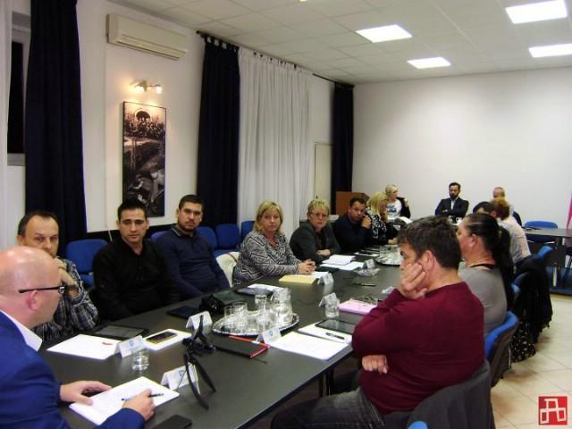 Koalicijski partneri SDP i HNS ne mogu se dogovoriti o novom vijećniku u Općinskom vijeću Raše
