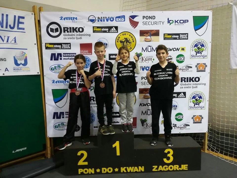 Victoria Pekas  i David Malinarić brončani na  kickboxing natjecanju Slovenija open 2017.