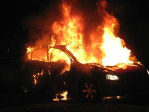 Pićan: U vožnji se zapalio Fiat Punto