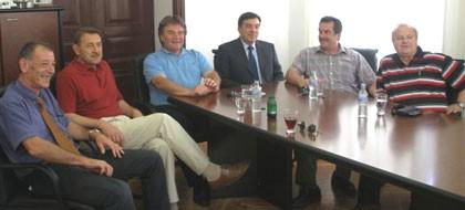 Župan Jakovčić s gradonačelnikom Labina i načelnicima     Labinštine