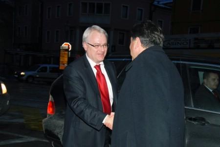 "Josipović u Labinu o zakonu o golfu i ""Rockwoolu"""