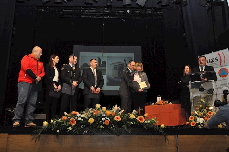 Ravnateljica GDCK Labin primila zahvalnicu DUZS-a za doprinos razvoju sustava civilne zaštite