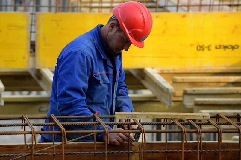 Kriza na tržištu rada: Građevinar iz Labina na radnoj dozvoli ima čak 76 radnika