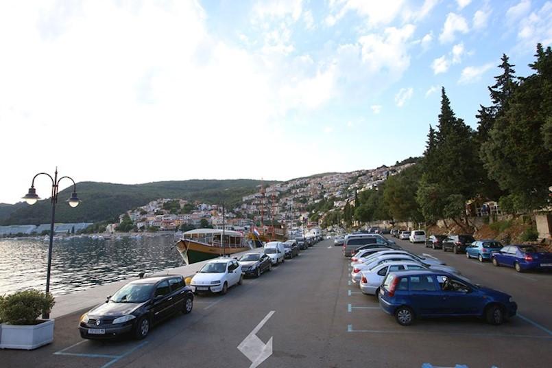 Od srijede počinje naplata parkiranja u Labinu i Rapcu