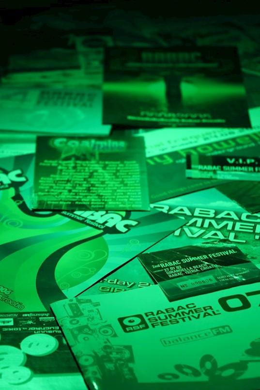 U Lamparni otvorena izložba flyera i plakata