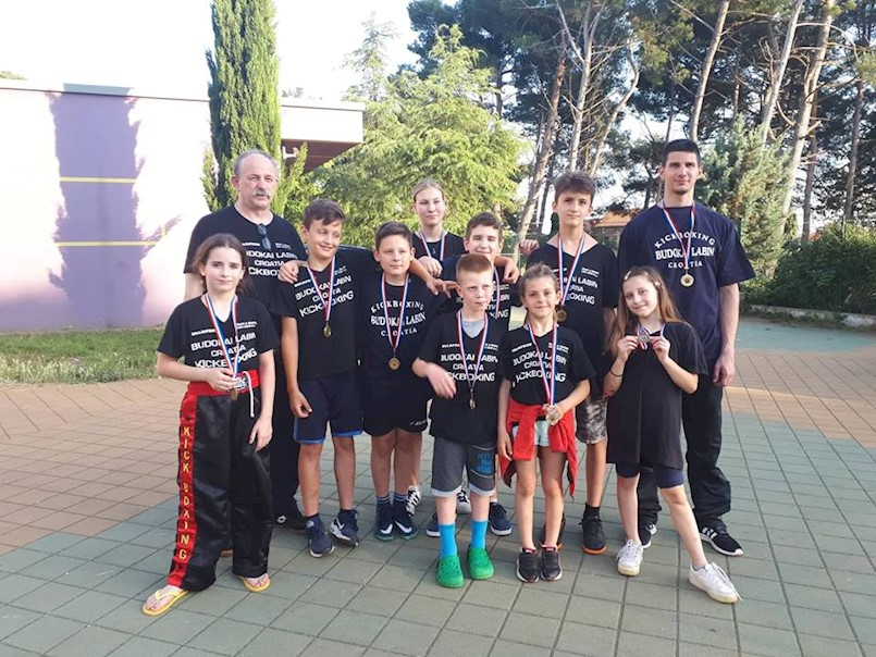 "Labinski kickboxeri osvojili 10 medalja na ""Alpe-Adria open 2018"""