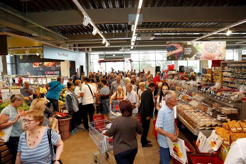 SPAR otvorio prvi supermarket u Labinu, zaposlena 42 nova djelatnika