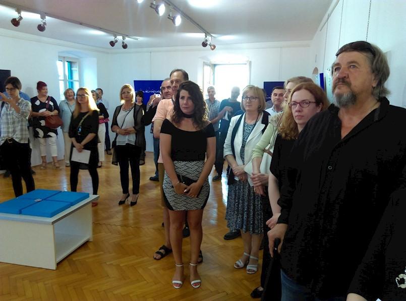 Otvorena izložba Axela Beckera u labinskom muzeju: Element, voda i metal u svom minimalizmu