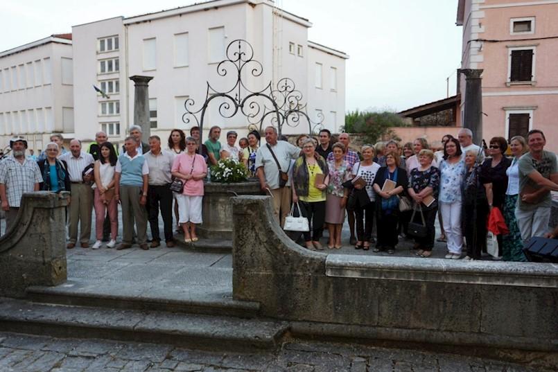 Pjesnikinje i pjesnici Labinštine na 25. susretu Verši na šterni