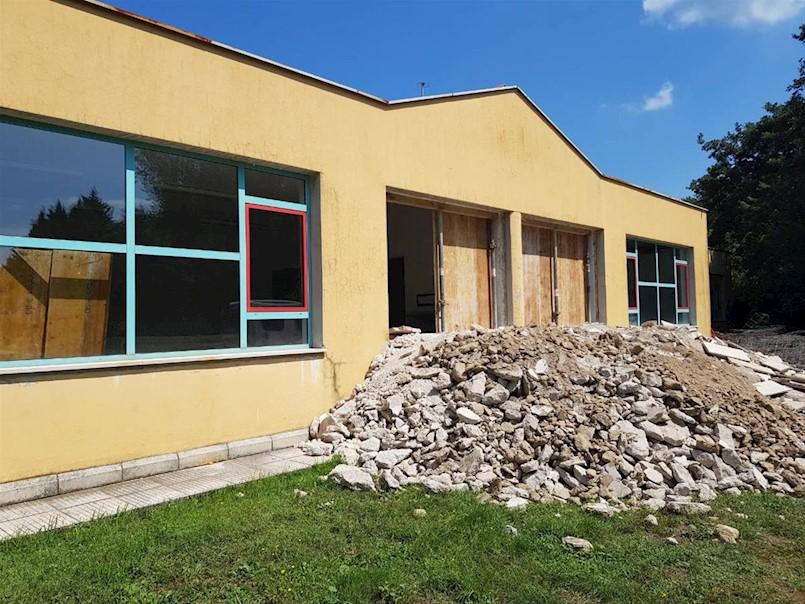 Započela obnova škole na Katurama, Gradu odobreno bespovratnih 1,3 milijuna kuna