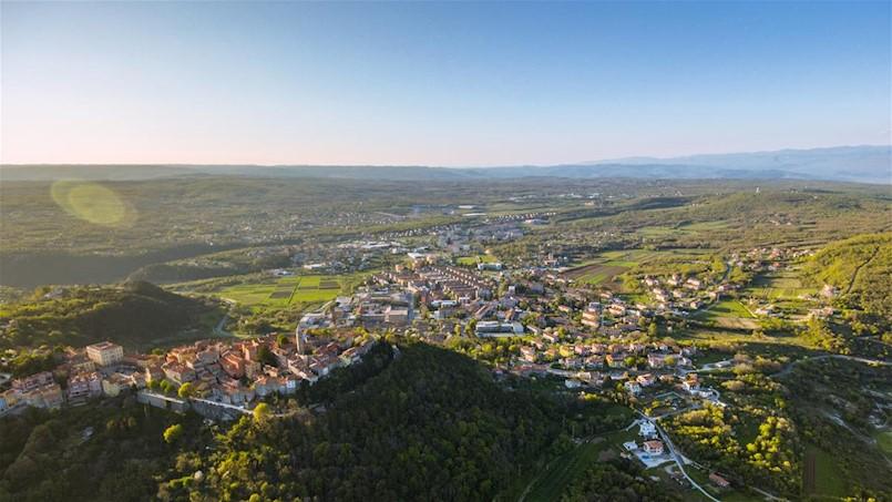 Otvoreno javno savjetovanje o Nacrtu prijedloga Studije prihvatnih kapaciteta turizma Grada Labina