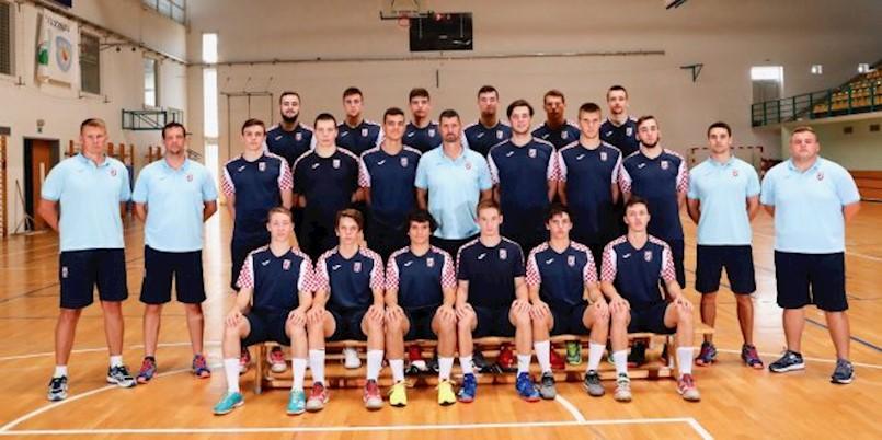 Fran Mileta s hrvatskom reprezentacijom na Europskom rukometnom prvenstvu za kadete (U18)