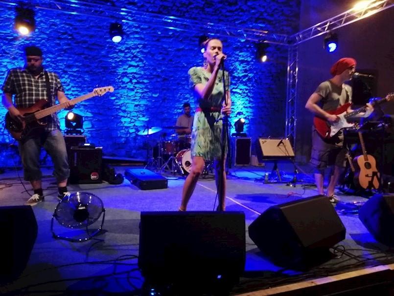 LABIN ART REPUBLIKA: Detour održao koncert kod Špine