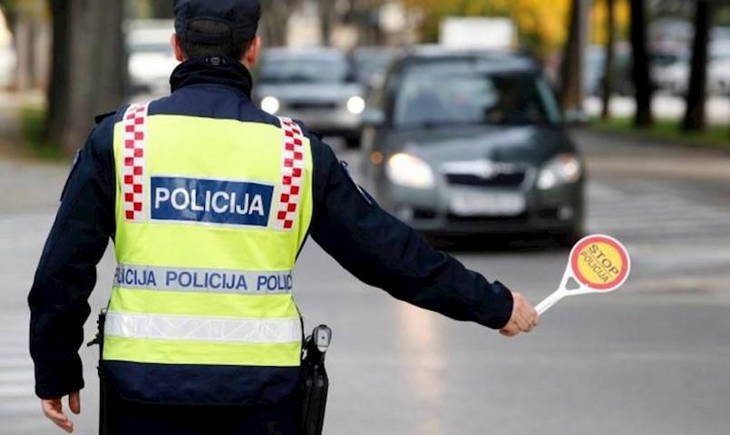 Rapčanin napuhao 2,1 promil, nije se zaustavio policajcu i prošao kroz crveno