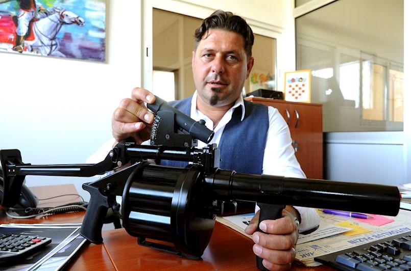 Poduzetnički podvig iz Potpićna: Napustio Uljanik i postao uspješan proizvođač oružja koje se prodaje po cijelom svijetu