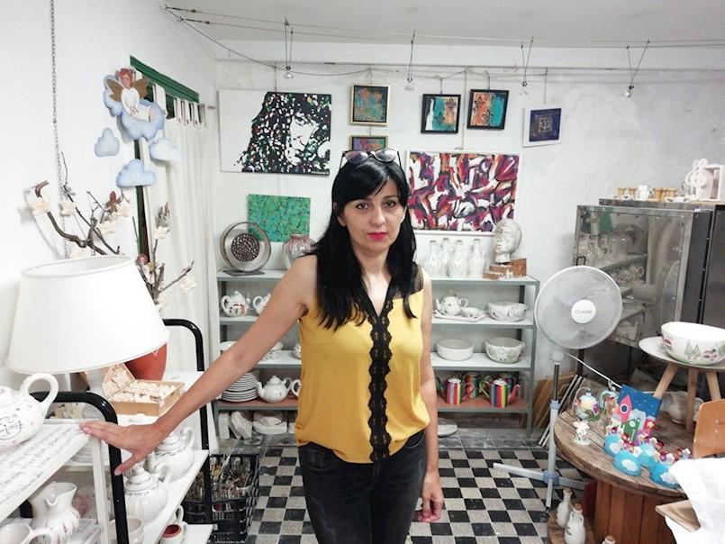 ALIDA BLAŠKOVIĆ KOROLJEVIĆ SVOJ JE TALENT STAVILA U SLUŽBU TURIZMA: Profesorica likovne kulture koja izrađuje originalne suvenire i umjetničke rukotvorine