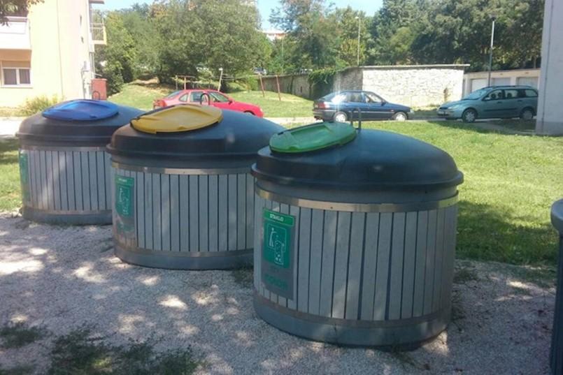 Novi način prikupljanja otpada u Labinu: NAJVIŠE PRITUŽBI NA VEĆE RAČUNE, ali građani zbog pošte neće plaćati zakasninu