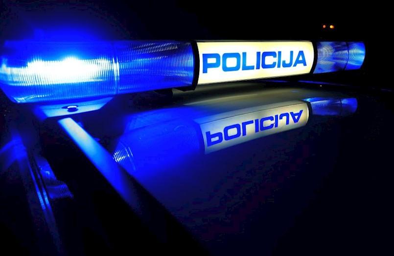 Zbog prometne nesreće prekinut promet na cesti Raša-Labin