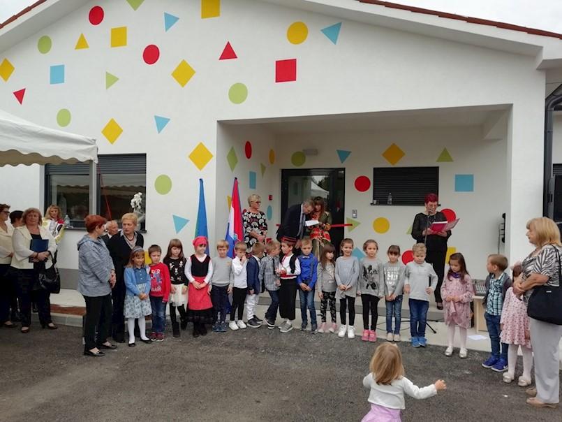 Gianvlado Klarić i Mario Blečić bi mogli zbog dječjeg vrtića završiti na sudu; Klarić: AKO SE BLEČIĆ U ROKU OSAM DANA NE ISPRIČA, TUŽIT ĆU GA!