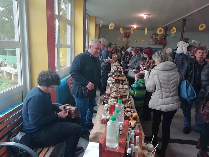 Otvoreni Dani meda Labinštine | RAZNE VRSTE MEDA, RADIONICE I GASTRO SHOW - Sudjeluje 20-ak izlagača iz Istarske i Primorsko-goranske županije