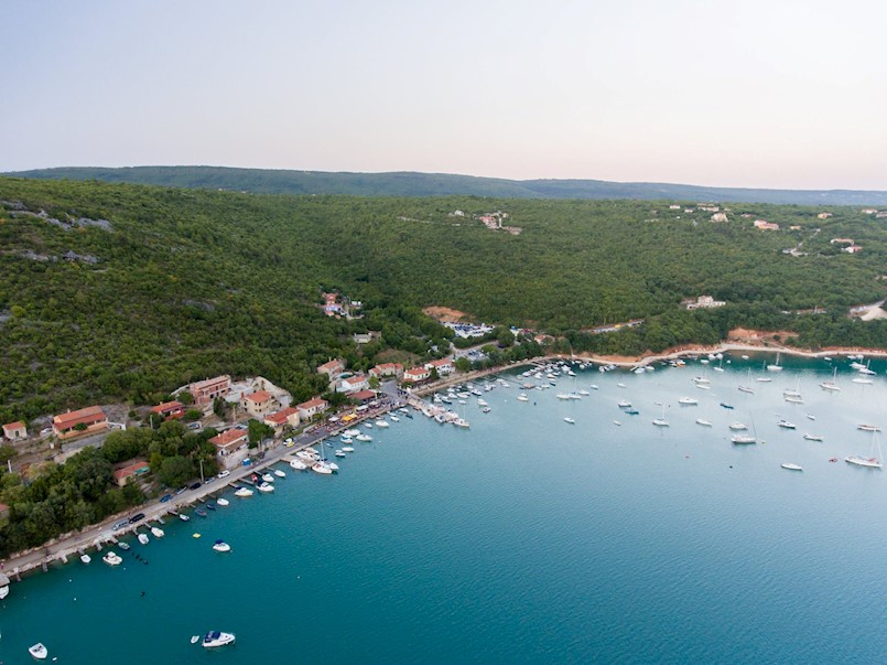 Sredstvima Lučke uprave Rijeka od milijun kuna sanirat će se lučica u Trgetu