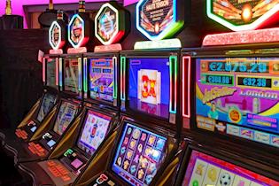 Razbojništvo u Labinu: uz prijetnju pištoljem otuđio novac iz kockarnice