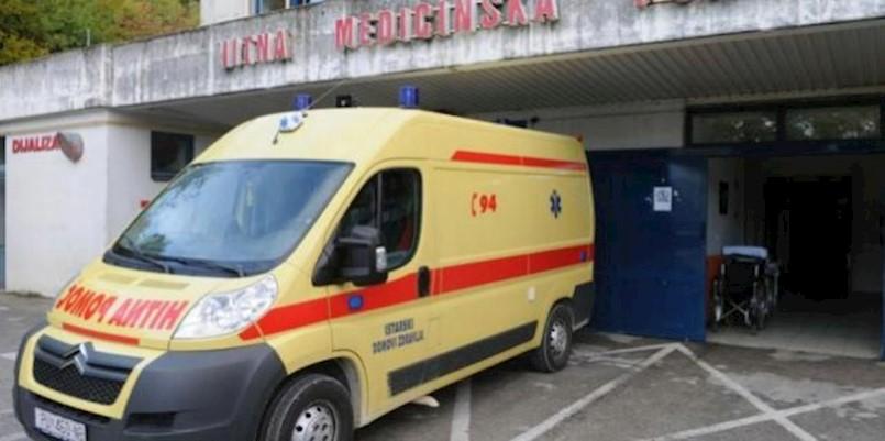 U Brgodu traktor prešao muškarcu preko noge, prebačen je u bolnicu