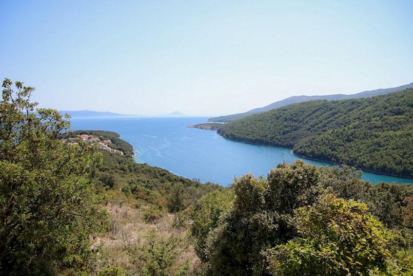 Neprofesionalnost Instituta za turizam u postupku javnog savjetovanja o Studiji prihvatnih kapaciteta turizma Grada Labina