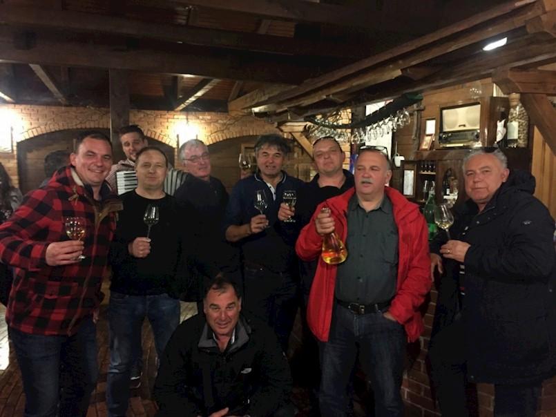 Udruga vinara i vinograda Labinštine Trs posjetila Plešivičku vinsku cestu