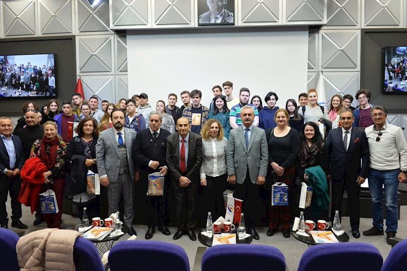 """Učenici i profesori Srednje škole Mate Blažine posjetili Tursku u sklopu međunarodnog Erasmus+ KA2 projekta  """"Make a smart choice"""""""