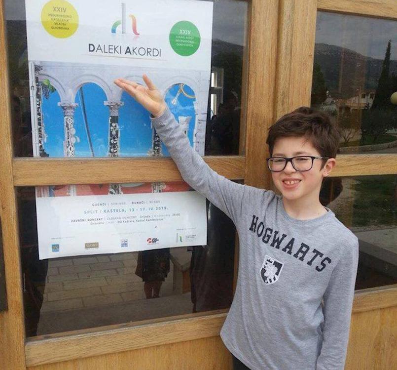 """Teu Buždonu druga nagrada na 24. Međunarodnom natjecanju """"Daleki akordi"""" u Splitu"""