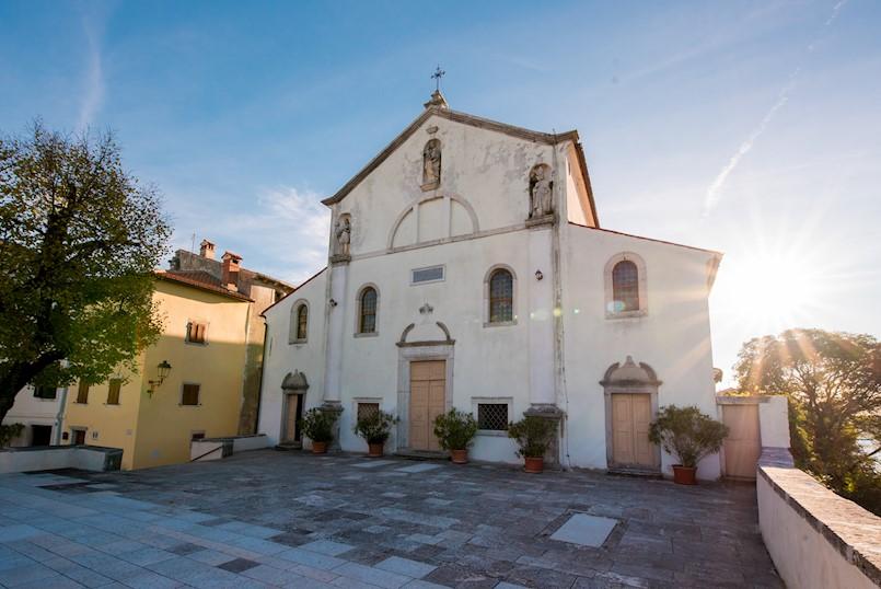 Uhićen 32-godišnjak koji je je provaljivao u  crkve i župne urede na području Istre, tako i one u Pićnu