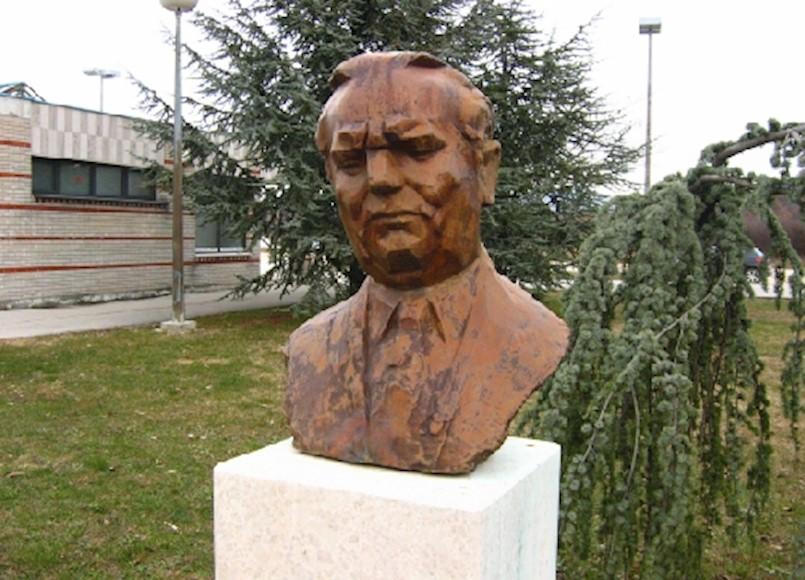 Društvo Josip Broz Tito sutra će položiti cvijeće na Titovu bistu