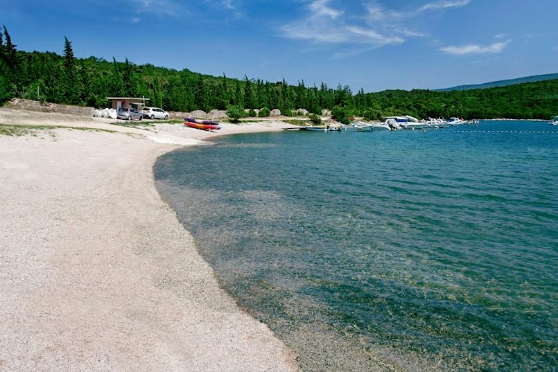Početak sezone u znaku velikog čišćenja podmorja u kampu Tunarica