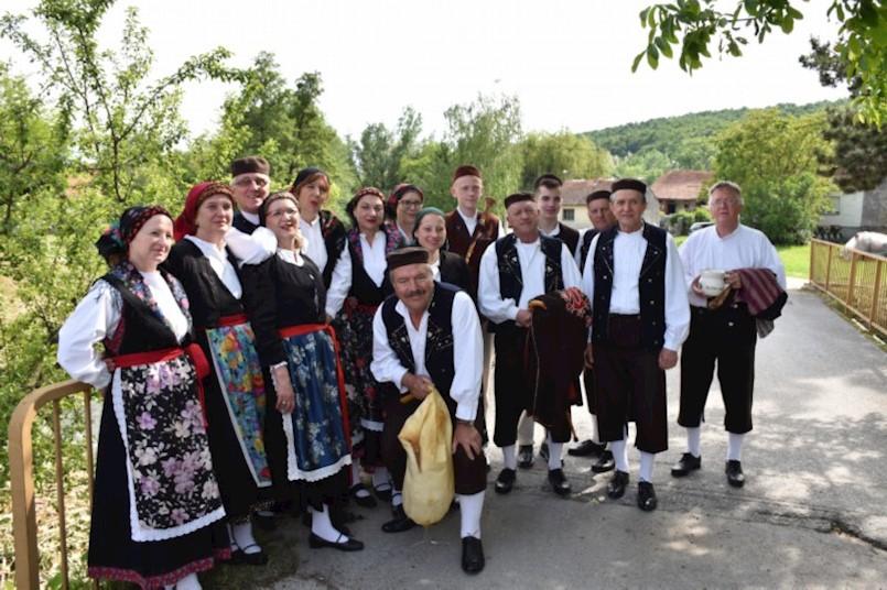 Članovi RKUD-a Rudar sudjelovali na 29. smotri ''Čuvajmo običaje zavičaja – Velika 2019.''