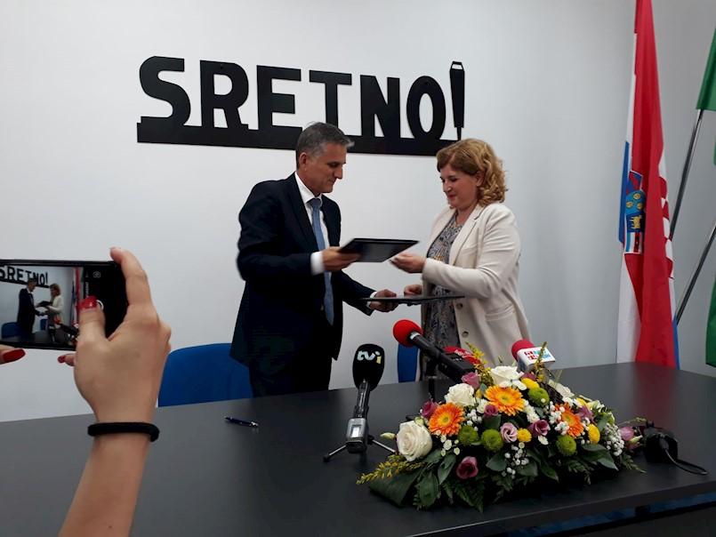 Ministar Marić i načelnica Općine Raša potpisali ugovor o darovanju zemljišta napuštenog raškog kamenoloma Karlota