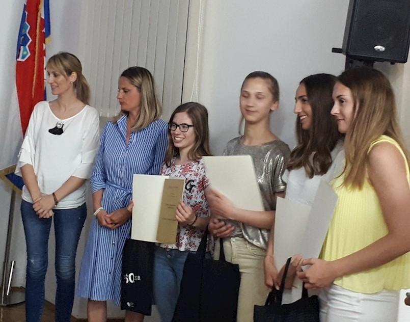 Povjesničarke labinske Srednje škole nagrađene na Međunarodnom danu arhiva