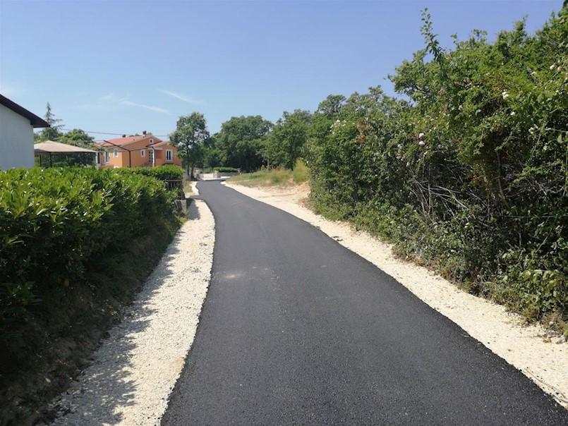 Završeno asfaltiranje u naselju Presika
