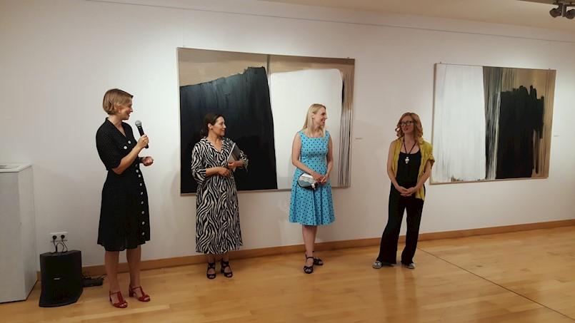 Svečano otvorena samostalna izložba labinske umjetnice Tee Bičić u Splitu