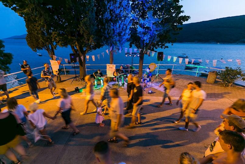 Zahuktava se atmosfera na Rabac Open Air Festivalu