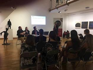"""U Gradskoj galeriji pri Pučkom otvorenom učilištu Labin održana je panel rasprava """" Živjeti film u Hrvatskoj"""