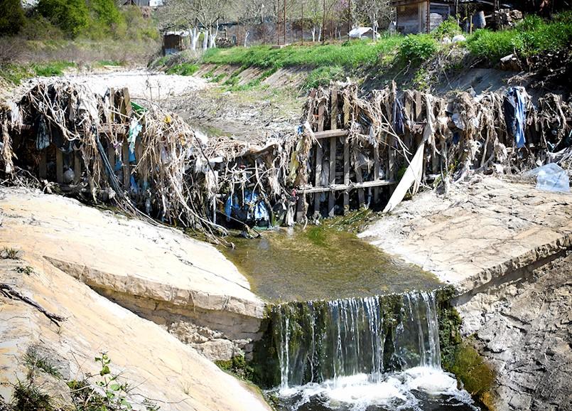[VIDEO] Građanska inicijativa Zaštitimo vodu, zemlju i zrak Labinštine: GODINAMA IDEMO ŽEDNI PREKO VODE; DO KADA?!