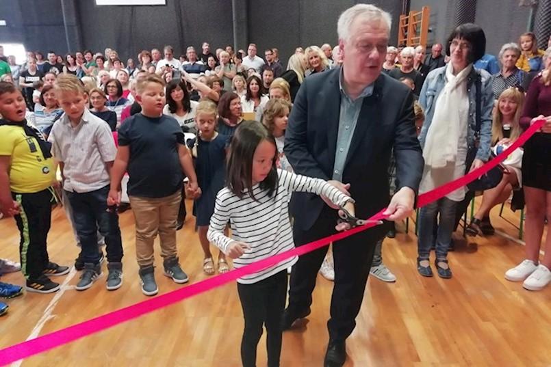 Raša | NEMA LJEPŠEG POKLONA: Za novi početak školske godine - obnovljena škola!