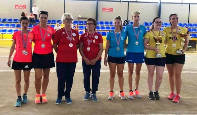 Boćarice Labina osvojile ukupno tri medalje na Prvenstvu Hrvatske za seniorke u parovima, bližanju i izbijanju u krug, te štafetnom izbijanju